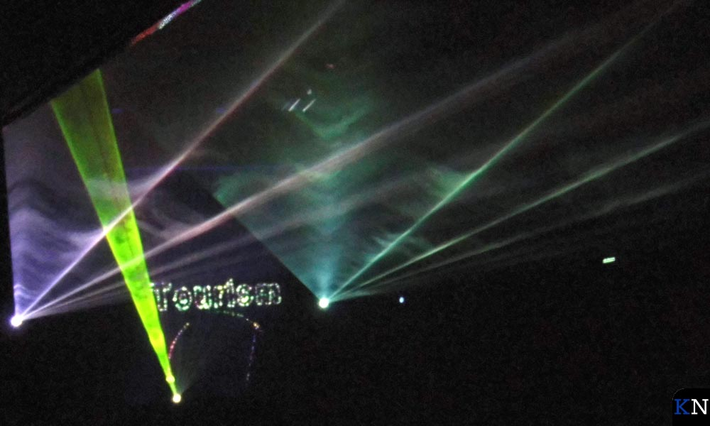 Een flitsende lasershow opende het Hanzecongres.