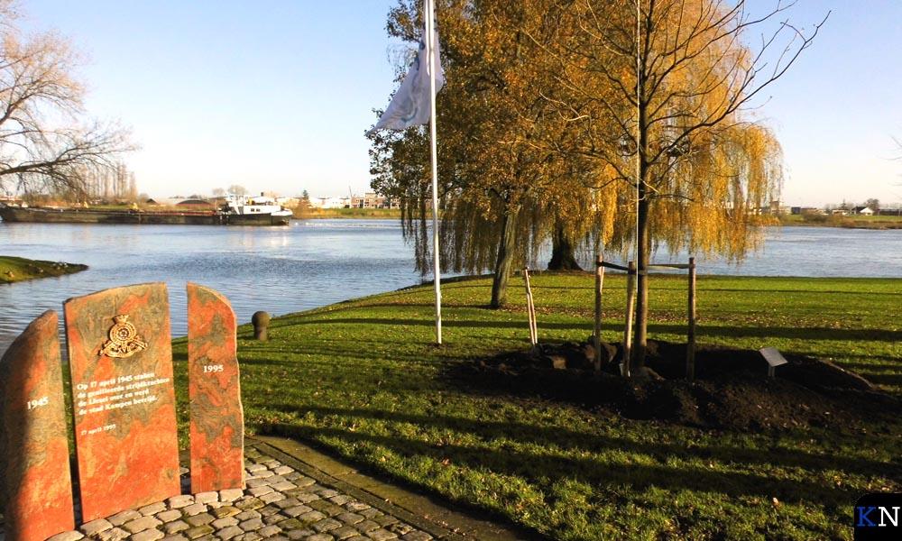 De nieuw geplante kastanje genoemd naar voormalig burgemeester Kleemans.