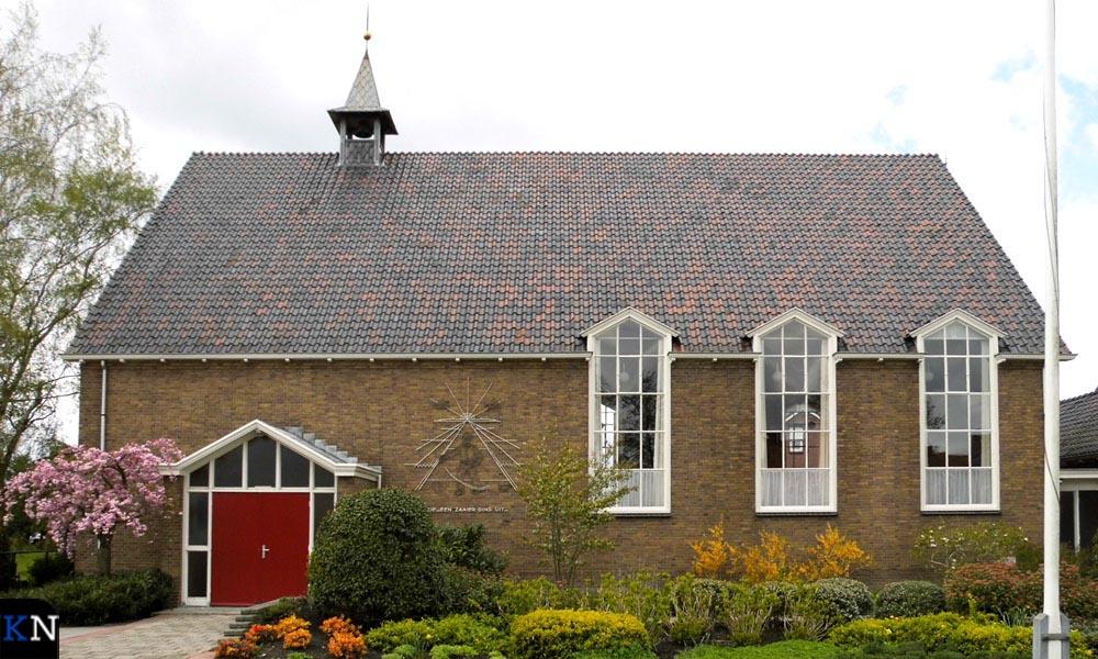 Exterieur van de Nederlands Hervormde Kerk aan de Grafhorsterweg.