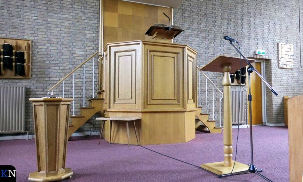 Interieur van de Nederlands Hervormde Kerk aan de Grafhorsterweg.