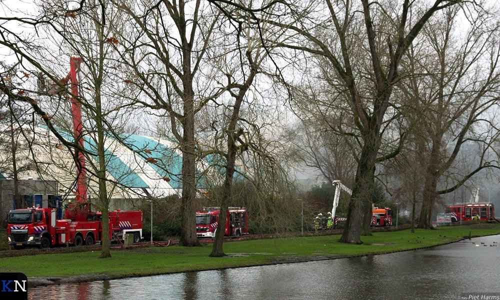 In het oude zwembad de Steur is een zeer grote brand uitgebroken.