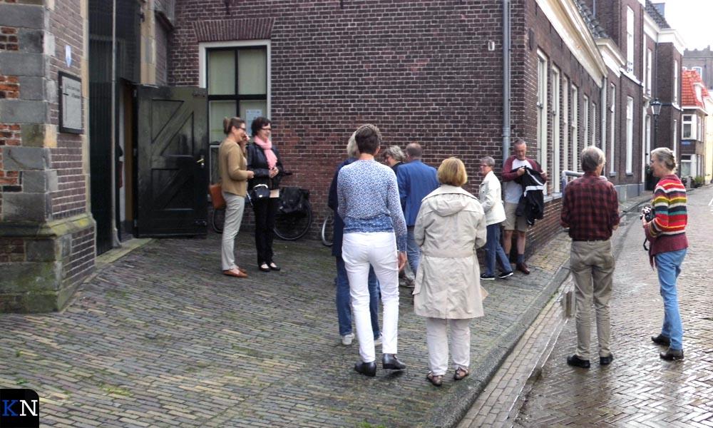 De RK Buitenkerk in Kampen met Carin Koopman (rechts) naast Kees Prins.