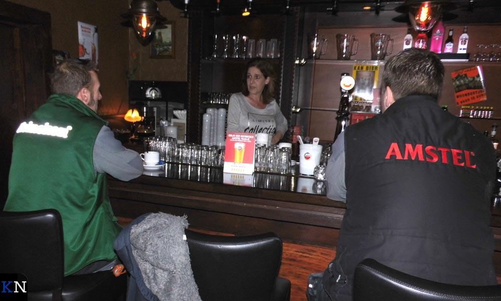 Greetje zwaait vanaf heden de scepter in café De Woonboot.