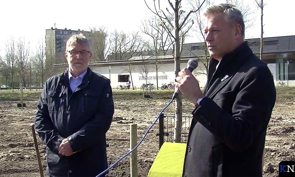 De voorzitters van de 4 mei Comités Kampen en IJsselmuiden.