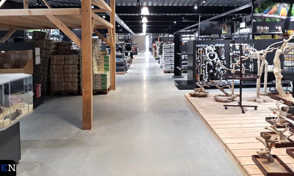 De nieuwe winkel biedt de ruimte om het assortiment ruim uit te stallen.