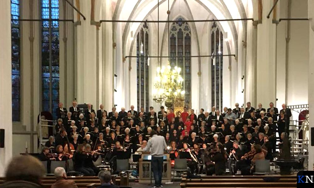 De generale repetitie van concertkoor Immanuel voor de Matthäus Passion.
