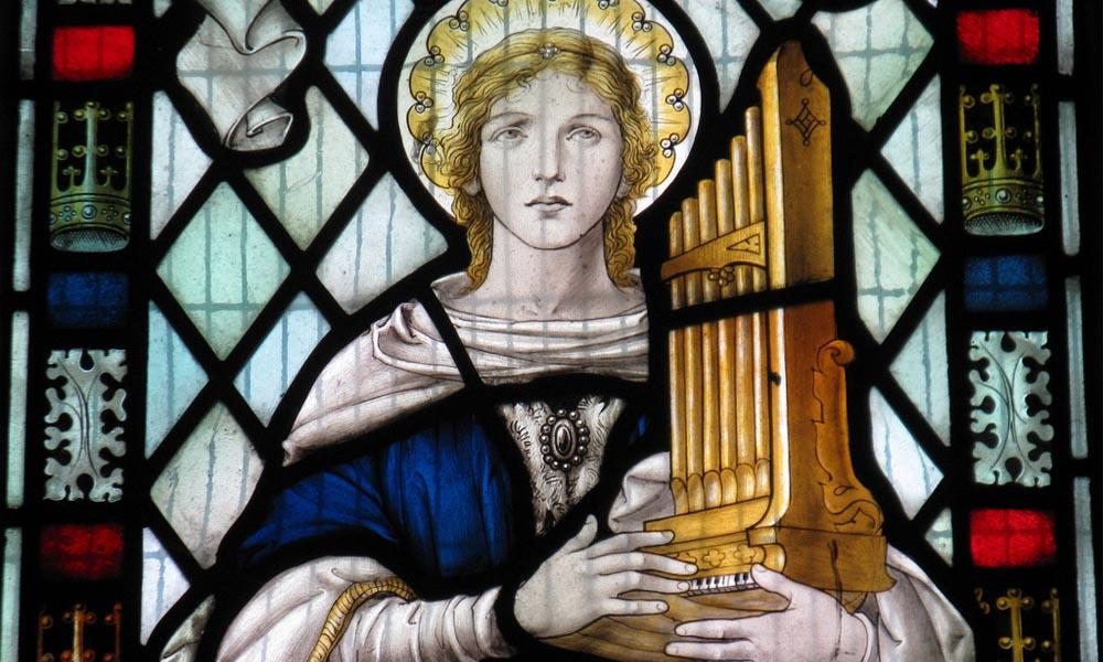 Saint Cecilia in het raam van de Heilige Maria Altijd Maagdkerk in Little Wymondley (Hertfordshire).