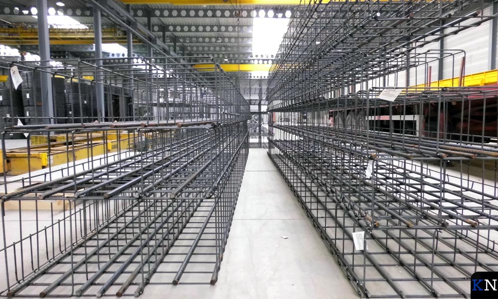 IJzeren gaaswerken die voor de wapenig in de betonvloeren van Betonson worden gebruikt.