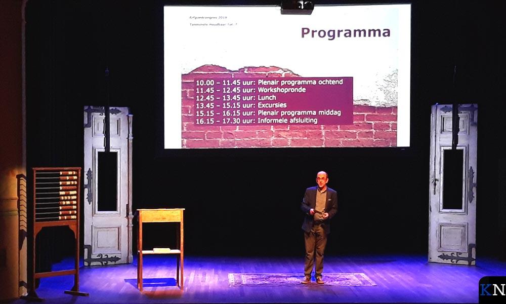 Dagvoorzitter Kees Posthumus presenteerde het Erfgoedcongres anno 2019.