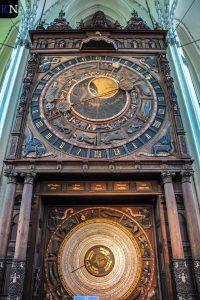 De Astronomische klok in St. Mary Kerk te Rostock.