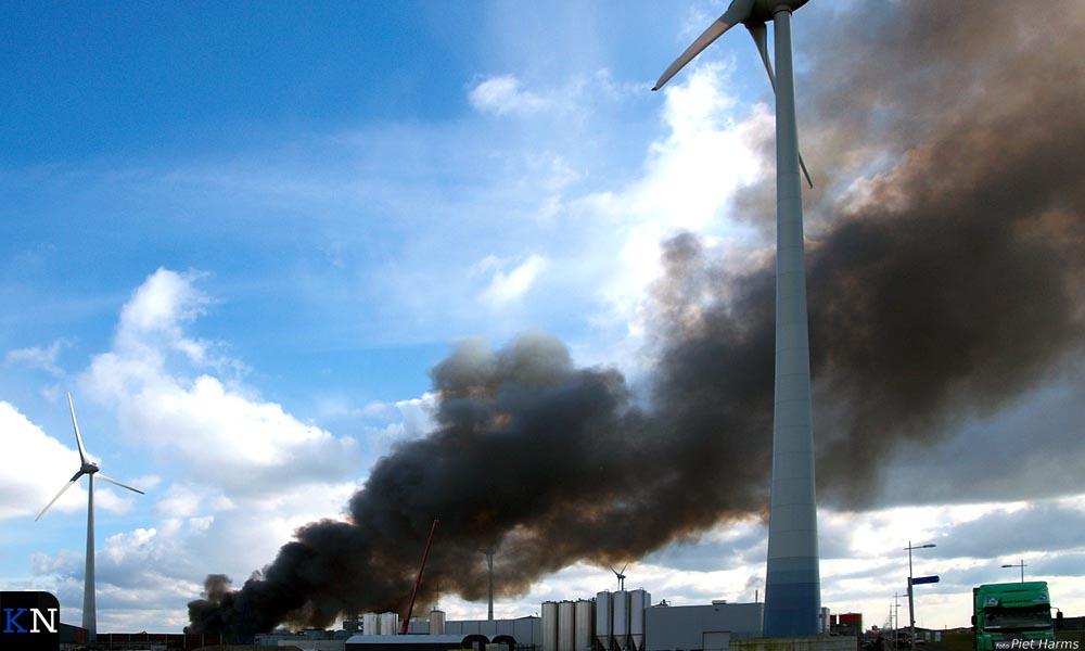 Grote schrootbrand bij Hoeben op Haatland.