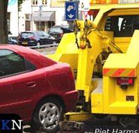 Eerste auto voor Hanzedagen weggesleept