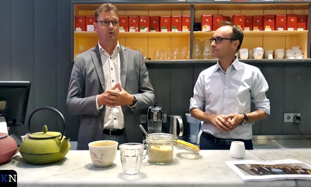 Leo Hoksbergen & Roeland Tameling tijdens een Koffiemomentje