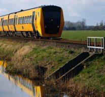 Nieuwe trein nieuwe vervoerder op vernieuwde Kamperlijn maakt valse start