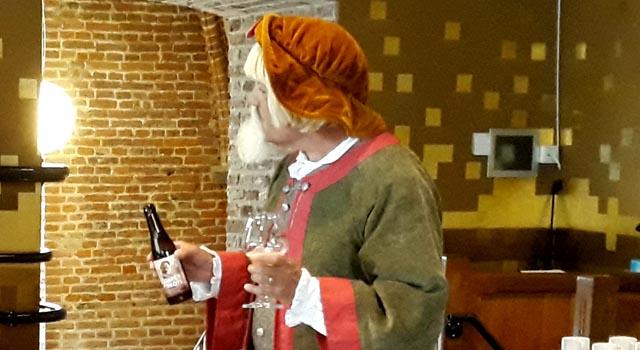 Henrick Aeltsz presenteert zijn middeleeuws bier (audio)