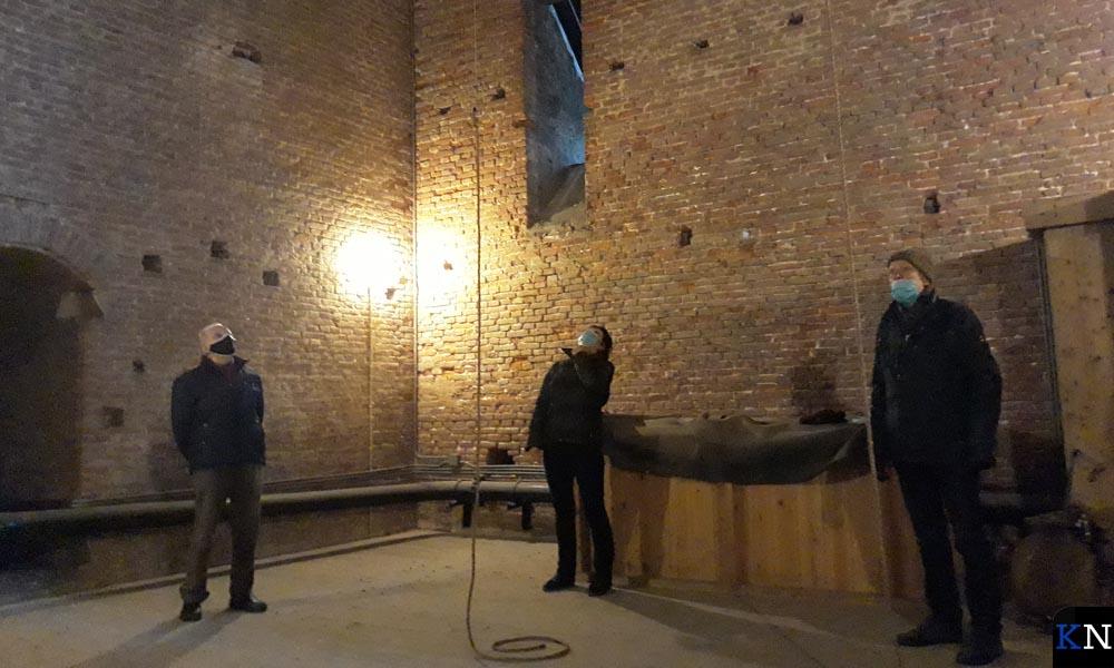 Kamper Klokkenluidersgilde Geert van Wou in de toren van de Buitenkerk in Kampen.