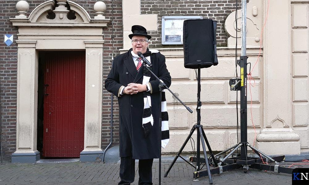 Wim Schluter verzorgde de aftrap van de aftrap.