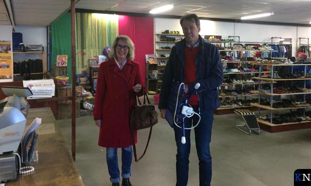 Tijs van den Brink kocht een strijkplank voor de vrouw.
