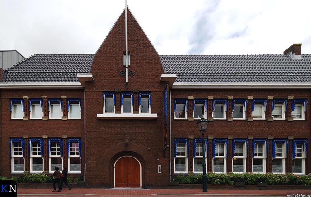 Eén van de archieven van Kampen herbergt het Frans Walkate Archief dat zelf in een monumentaal pand gehuisvest is.