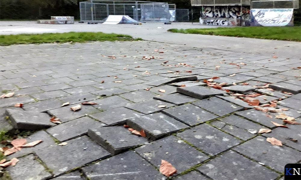 Onverantwoorde skate-omgeving.