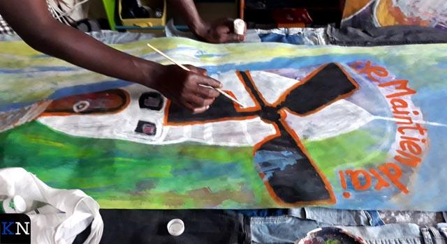 Kunst achter ramen verfraait Hanzewijk (video)