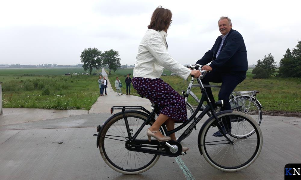 Wethouder Albert Holtland, gemeente Kampen, en Rita Braam, directeur Gastvrije Randmeren.