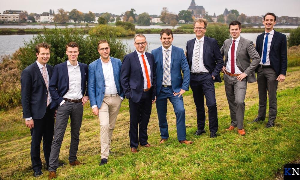 De eerste acht kandidaten op de kieslijst van SGP Kampen.