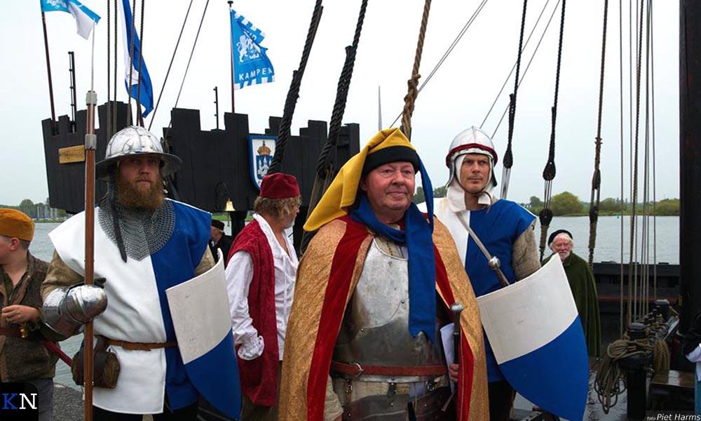 Ridders van de IJssel voor de Kamper Kogge.