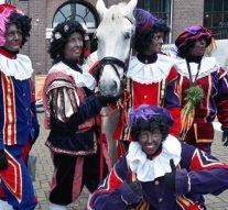 Amerigo steelt de show bij intocht Sinterklaas