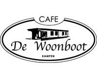 Stef Ekkel heet omwonenden café welkom