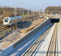 Spooruitbreiding rond Zwolle vordert met dive-under bij Herfte