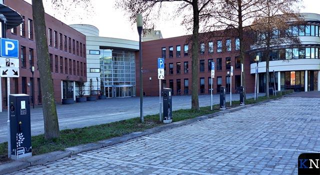 """Uitbreiding laadpalen bij Stadhuis """"goed overwogen"""""""