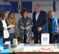 Plastic Kamper Plak uitgereikt aan wethouder