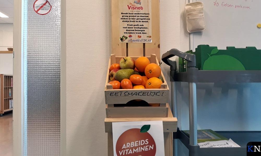In de kantine van 'het Visnet' is fruit voorradig.
