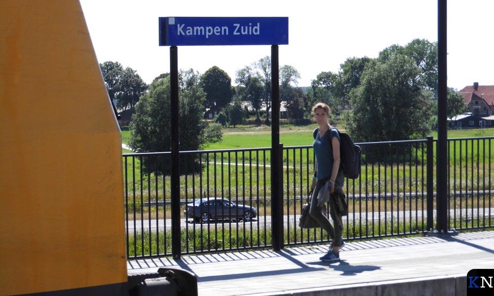 Treinen vanaf Kampen Zuid lopen vaker vertraging op dan vanaf Kampen.