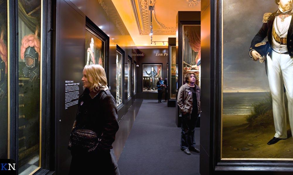 Expositie in het Stedelijk Museum.
