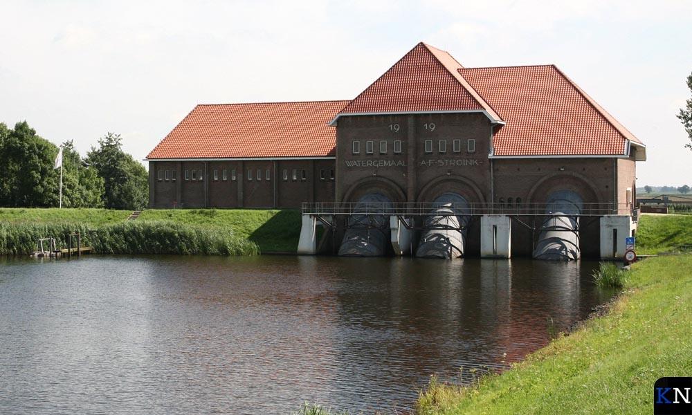 Monumentale waterkering in Blokzijl (Vollenhove).