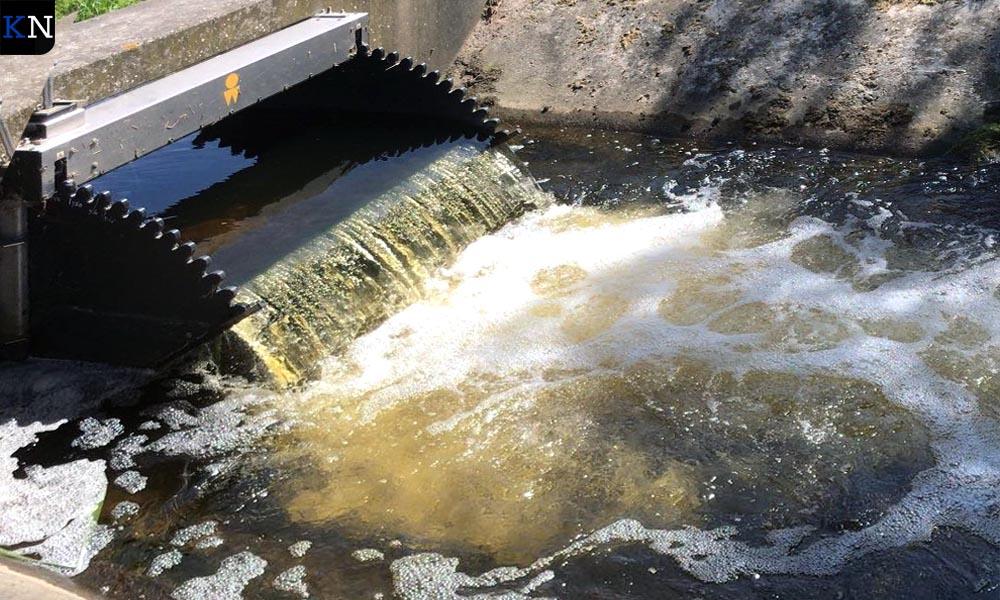 Geopende stuwen moeten zorgen voor een maximale wateraanvoer.